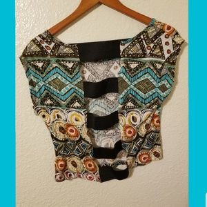 💙 Colorful open back crop top. 💙